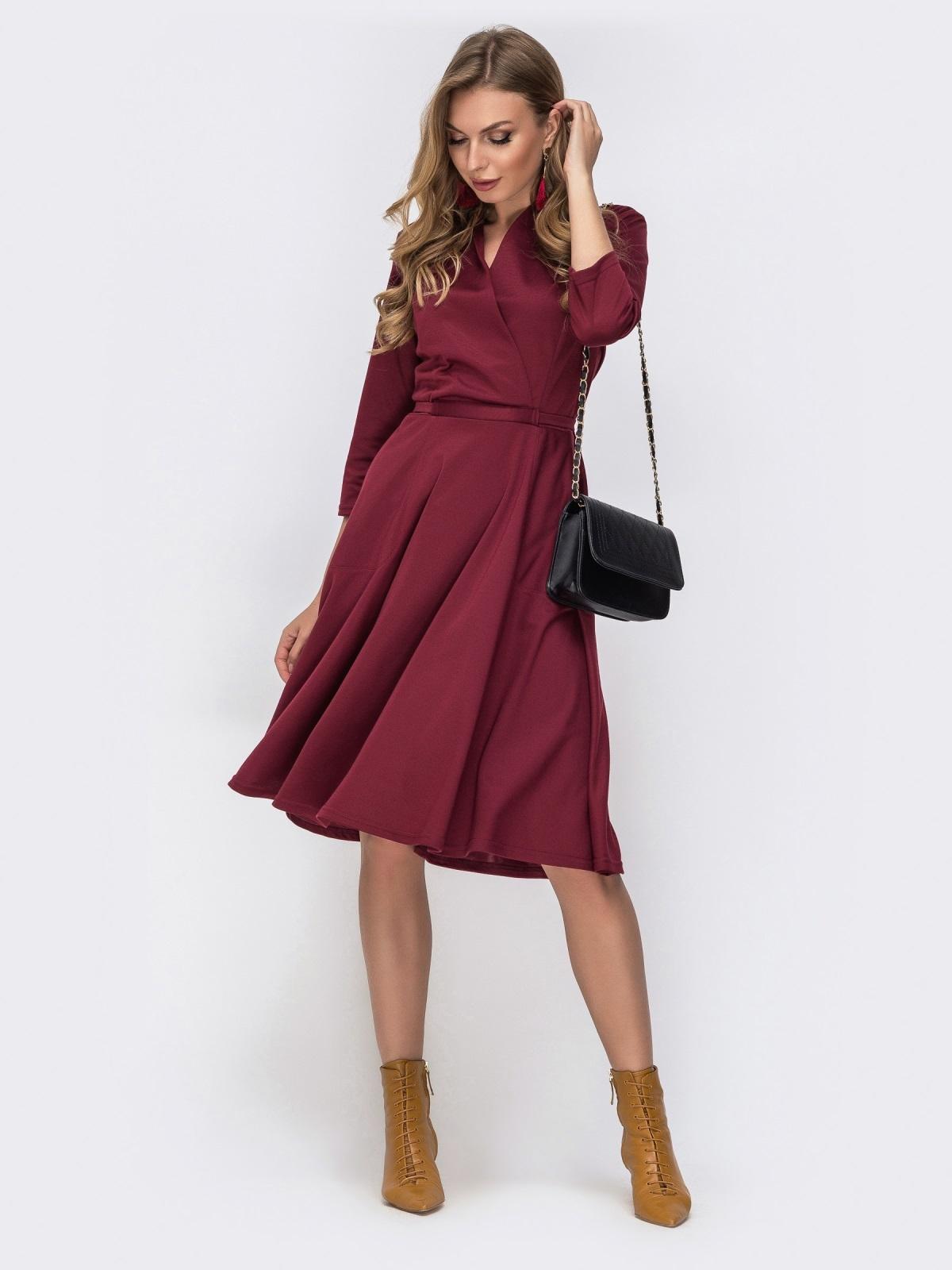 Трикотажное платье с накладными карманами бордовое 42293, фото 1