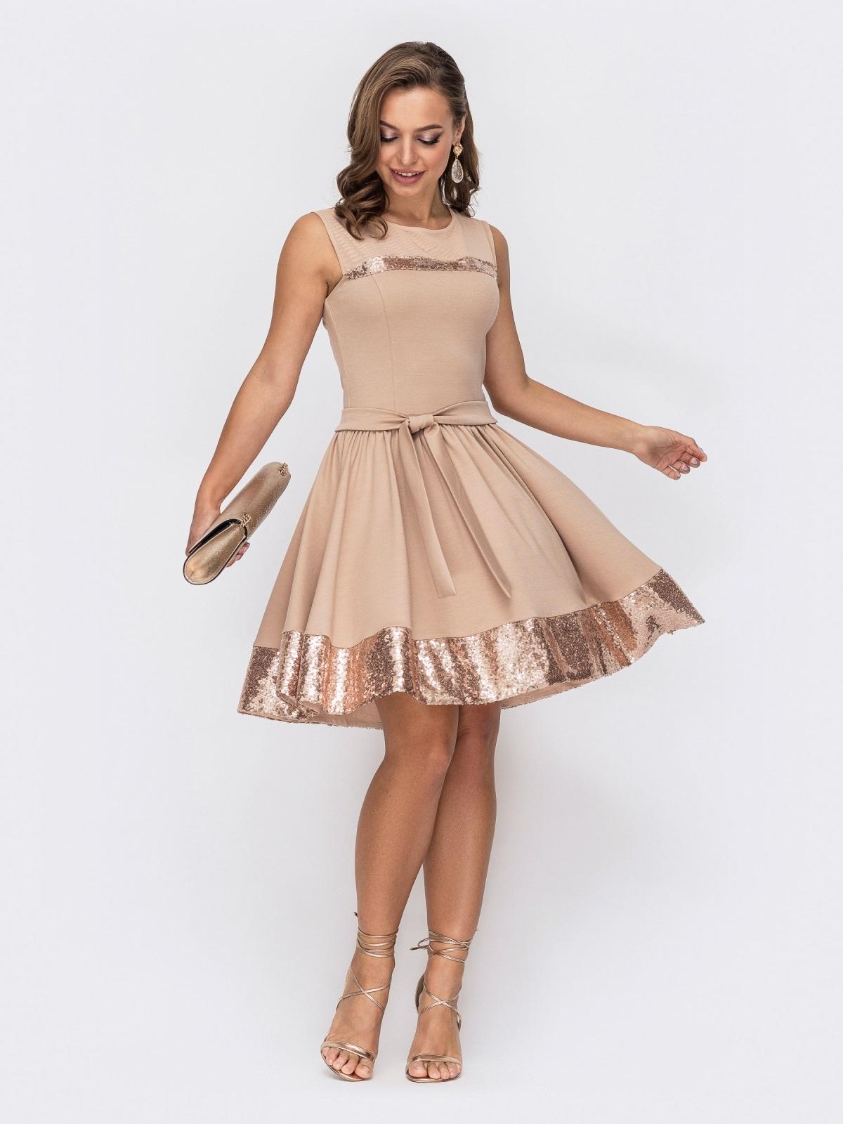 Бежевое платье-мини с пайетками и расклешенной юбкой 52065, фото 1