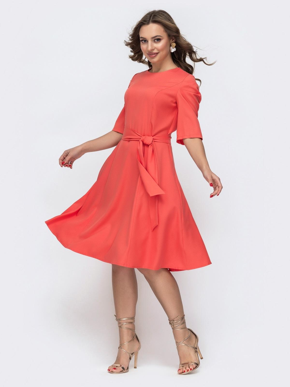 Расклешенное платье с буфами на рукавах коралловое 46800, фото 1