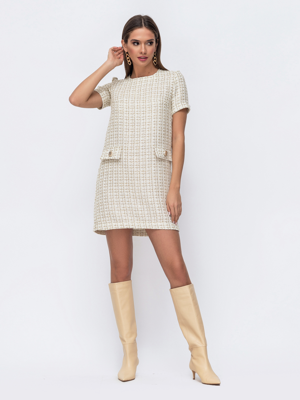 Короткое платье прямого кроя в клетку молочное 52387, фото 1