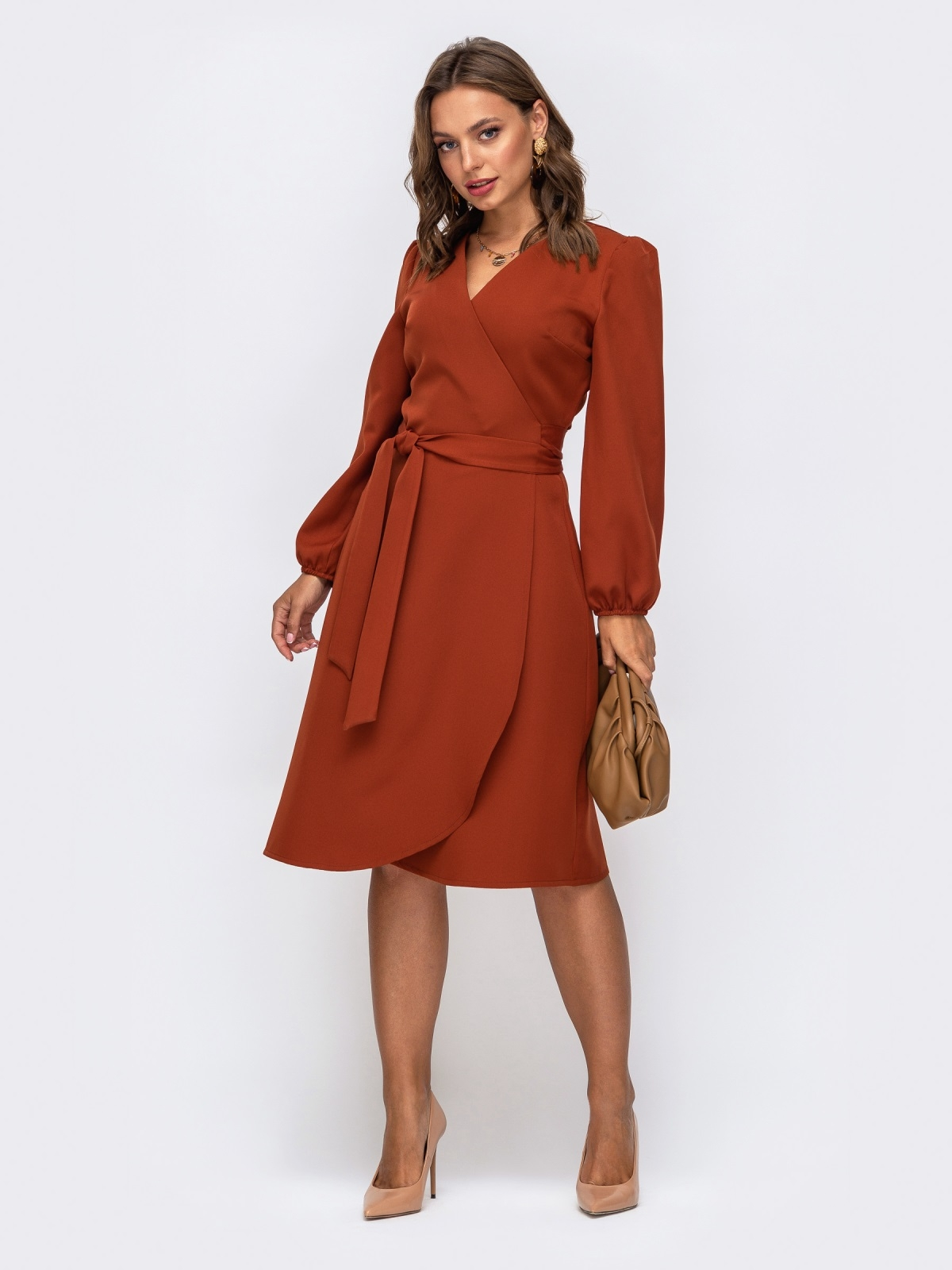 Лаконичное платье на запах терракотового цвета 50238, фото 1