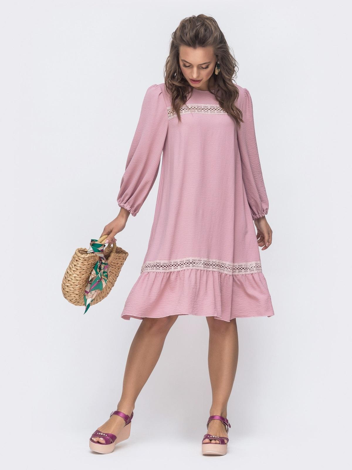 Свободное платье с оборкой по низу розовое 46727, фото 1