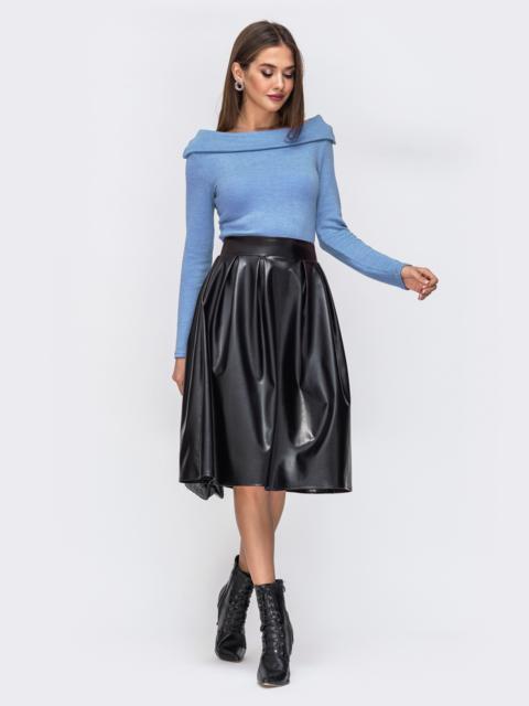 """Платье с вырезом """"лодочка"""" и юбкой из эко-кожи голубое 42590, фото 1"""