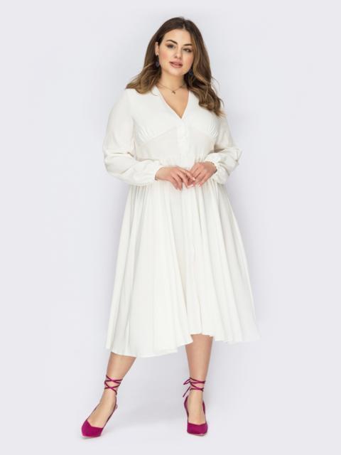 Белое платье батал на пуговицах с драпировкой по лифу 53586, фото 1