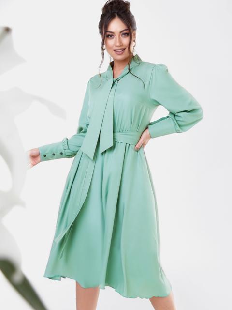 Платье батал с воротником-аскот и юбкой-клеш мятное 53587, фото 1