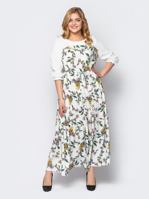Расклешённое платье батал в цветочный принт белое 53600, фото 1