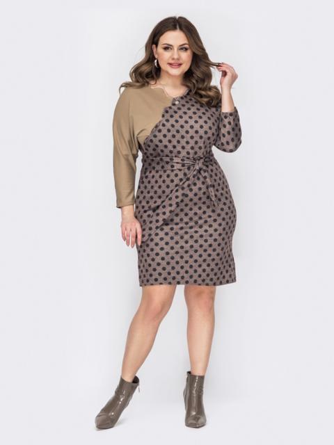 Платье батал в горох с фигурным вырезом коричневое 53355, фото 1