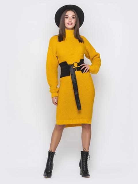 Вязаное платье в воротником-стойкой горчичное 41198, фото 1