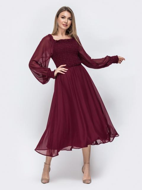 Расклешенное платье из шифона бордового цвета 45360, фото 1