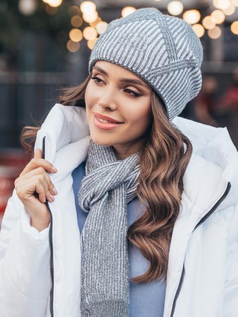 Комплект серого цвета из шапки с узором и шарфа 51103, фото 1