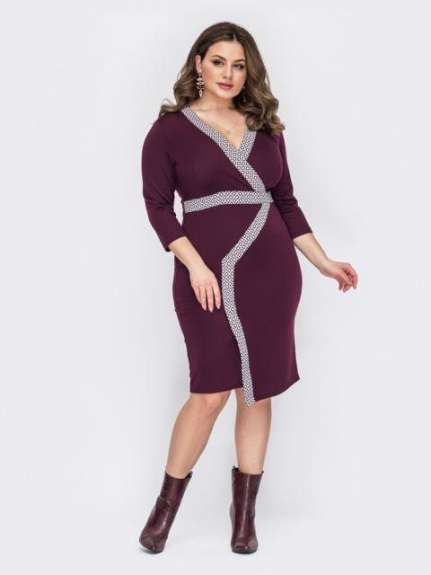 Бордовое платье батал с отделкой спереди 53203, фото 1