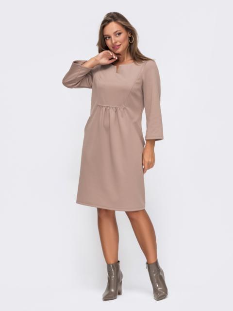 Бежевое платье с модельной кокеткой 50822, фото 1