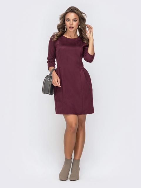 Приталенное платье-мини с замшевым напылением бордовое 41322, фото 1