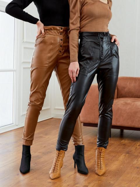 Зауженные брюки из экокожи с высокой посадкой черные 53522, фото 1