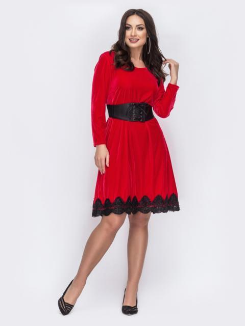 Велюровое платье с оборкой по низу красное 43803, фото 1
