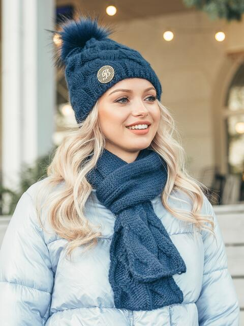 Темно-синий комплект с узором косичка из шапки с бубоном и шарфа 50550, фото 1