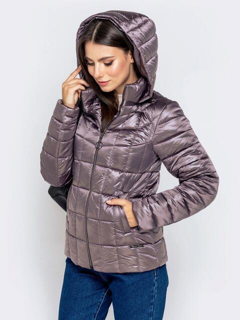 Демисезонная куртка серого цвета с капюшоном 40720, фото 1
