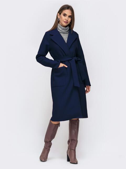 Демисезонное пальто на запах с накладными карманами тёмно-синее 50515, фото 1