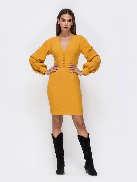 Платье горчичного цвета с V-вырезом 41748, фото 1