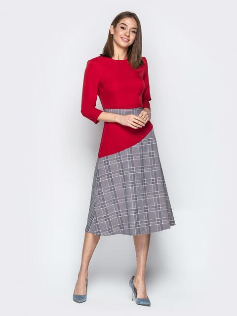 Красное платье приталенного кроя с контрастными вставками 21333, фото 1