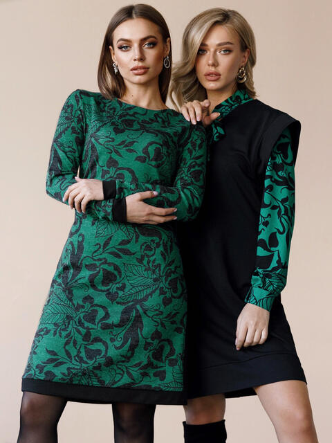 Принтованное платье с лампасами и юбкой-трапецией зеленое 52938, фото 1