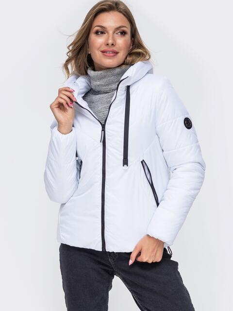 Укороченная куртка со вшитым капюшоном белая 50414, фото 1