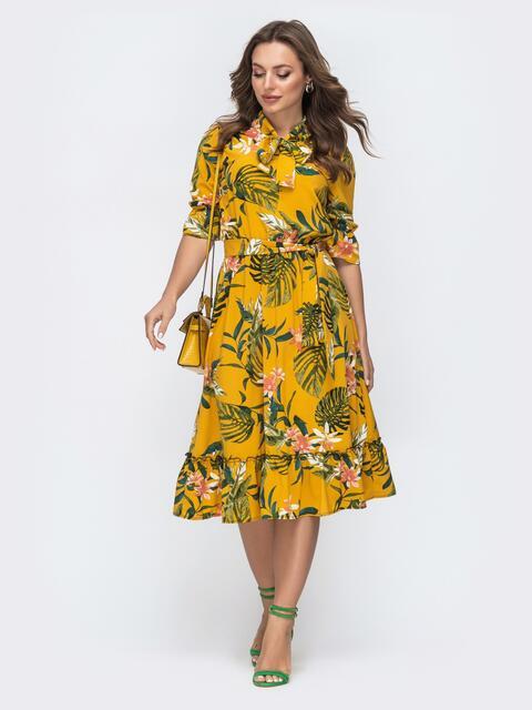 Платье с тропическим принтом и воротником-аскот желтое 45605, фото 1