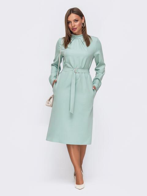 Мятное платье приталенного кроя с воротником-стойкой 50772, фото 1