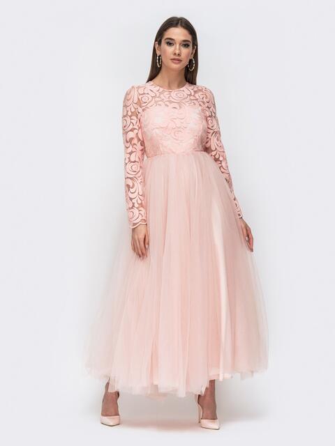 Розовое платье с гипюровым верхом и объёмной юбкой 44763, фото 1