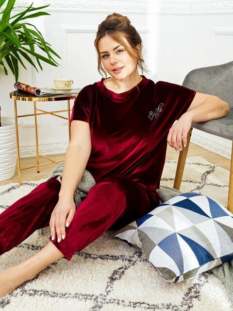 Бордовая пижама батал из велюра с футболкой и брюками 53179, фото 1