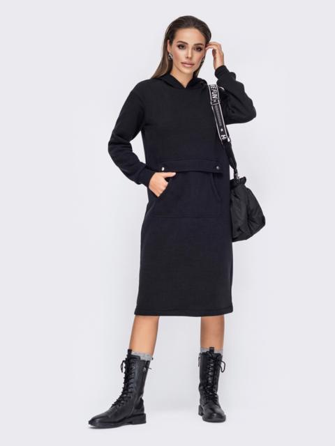 Черное платье на флисе с капюшоном и карманом-кенгуру 52787, фото 1