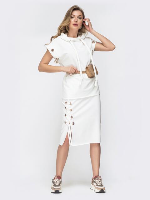 Костюм из кофты с капюшоном и юбки белый 45794, фото 1