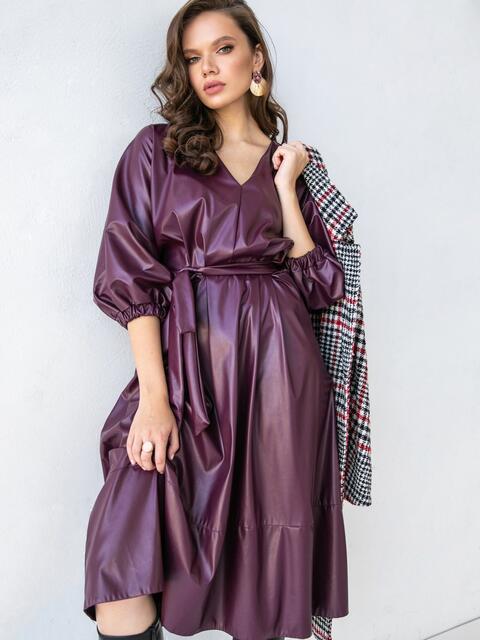 Расклешенное платье батал из эко-кожи бордовое 51501, фото 1