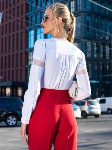 Белая блузка из софта с кружевными вставками 49763, фото 3