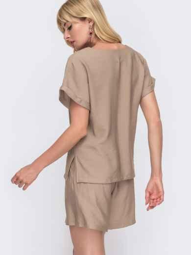 Комплект бежевого цвета из свободной блузки и шорт 49137, фото 3