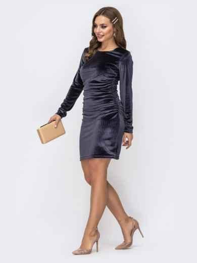 Тёмно-синее платье с бархатным напылением и драпировкой по талии 42957, фото 2