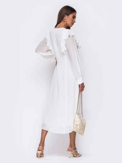Романтичное платье-миди приталенного силуэта белого цвета  50112, фото 3