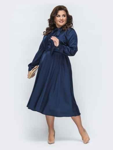 Шелковое платье батал с воротником-аскот тёмно-синее 45395, фото 2