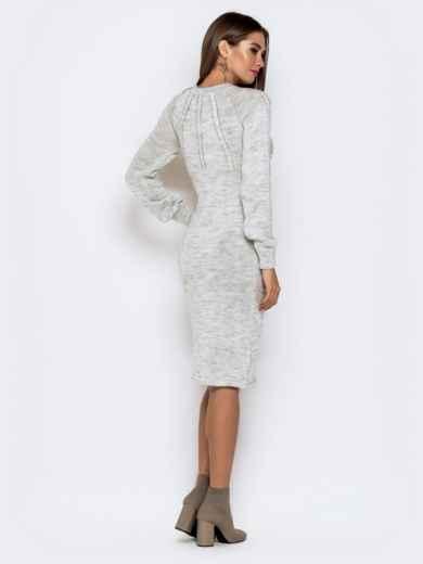 Вязаное платье-миди с косами по лифу светло-серое 41157, фото 4
