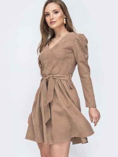 Вельветовое платье с v-вырезом и расклешенной юбкой бежевое 45629, фото 2