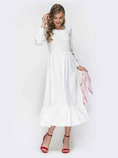 Платье белого цвета с воланом по низу 45715, фото 1