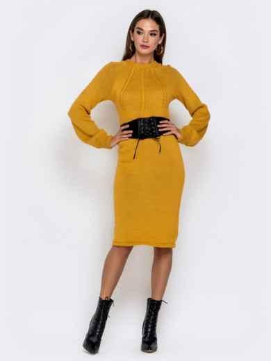 Вязаное платье-миди с косами по лифу горчичное 41156, фото 1