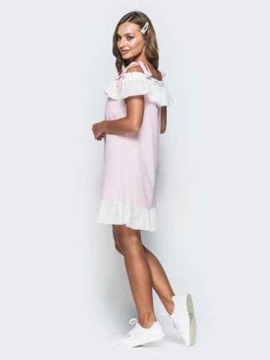 Розовое платье из софта с открытыми плечами и воланом 38528, фото 2