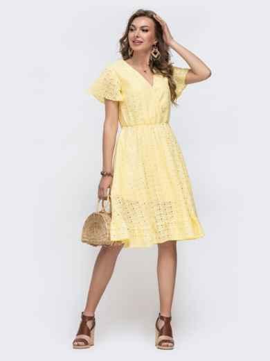 Желтое платье из прошвы с резинкой по талии 48228, фото 3