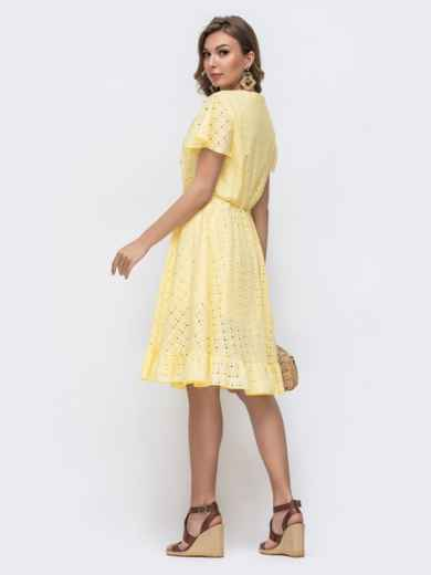 Желтое платье из прошвы с резинкой по талии 48228, фото 4