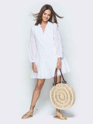 Белое платье-трапеция из прошвы с V-вырезом 38603, фото 1