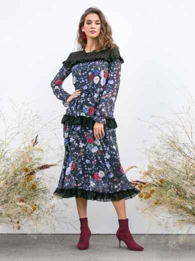 Приталенное платье из шифона с принтом и рюшами чёрное 40938, фото 1
