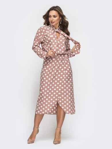 Пудровое платье в горох с воротником-аскот 45843, фото 1