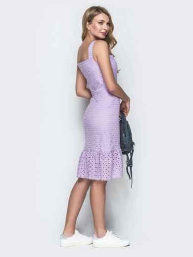 Сиреневое платье из прошвы с удлиненной спинкой 38704, фото 3