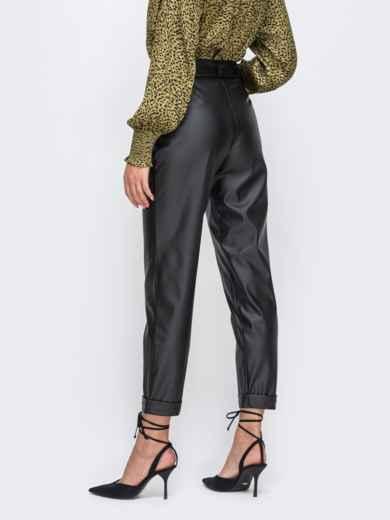 Укороченные брюки из искусственной кожи с подворотами чёрные 50352, фото 2
